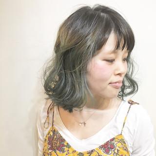 色気 フリンジバング ウルフカット ストリート ヘアスタイルや髪型の写真・画像