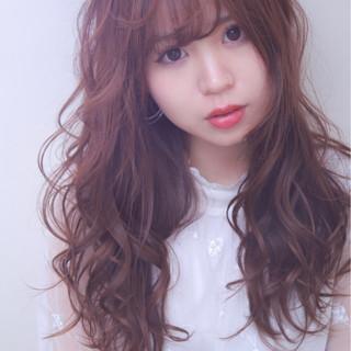 外国人風カラー デート ロング ゆるふわ ヘアスタイルや髪型の写真・画像