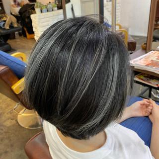透明感カラー コントラストハイライト ハイライト サーフスタイル ヘアスタイルや髪型の写真・画像