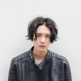 ボーイッシュ マッシュ ストリート 黒髪 ヘアスタイルや髪型の写真・画像