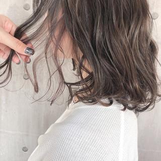 ヘアアレンジ グレージュ 大人かわいい ナチュラル ヘアスタイルや髪型の写真・画像 ヘアスタイルや髪型の写真・画像