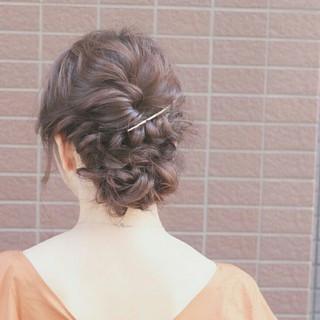 大人かわいい ヘアアレンジ 簡単ヘアアレンジ アッシュ ヘアスタイルや髪型の写真・画像