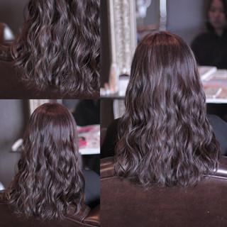 外国人風 ストリート ウェーブ 暗髪 ヘアスタイルや髪型の写真・画像