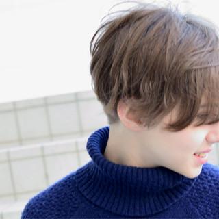 色気 冬 ショート ナチュラル ヘアスタイルや髪型の写真・画像 ヘアスタイルや髪型の写真・画像