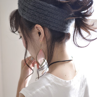 セミロング ハーフアップ ヘアアレンジ 簡単ヘアアレンジ ヘアスタイルや髪型の写真・画像