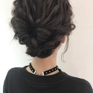 ミディアム 外国人風 ヘアアレンジ 暗髪 ヘアスタイルや髪型の写真・画像