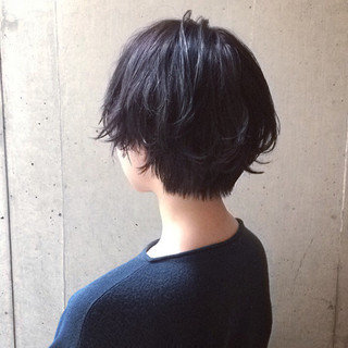 ショート 似合わせ ダークアッシュ 暗髪 ヘアスタイルや髪型の写真・画像