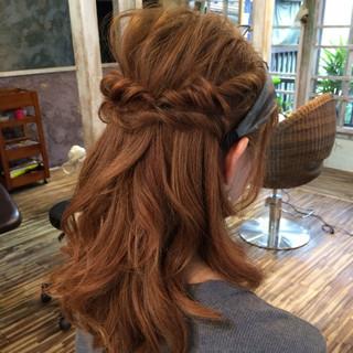 ミディアム 簡単ヘアアレンジ パーマ ショート ヘアスタイルや髪型の写真・画像