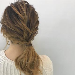 簡単ヘアアレンジ オフィス 結婚式 ヘアアレンジ ヘアスタイルや髪型の写真・画像 ヘアスタイルや髪型の写真・画像