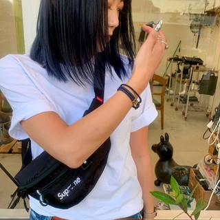 ストリート ミディアム 切りっぱなしボブ アウトドア ヘアスタイルや髪型の写真・画像