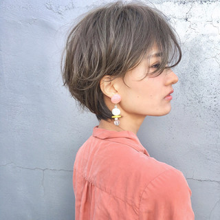 ナチュラル 前髪あり 透明感 色気 ヘアスタイルや髪型の写真・画像
