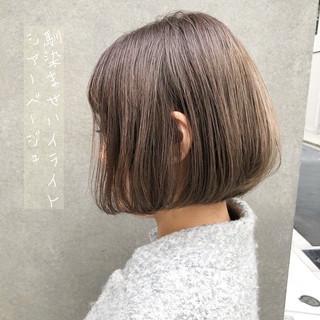 ブリーチ アッシュグレージュ ミニボブ ボブ ヘアスタイルや髪型の写真・画像