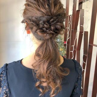 結婚式 ロング 大人かわいい アンニュイほつれヘア ヘアスタイルや髪型の写真・画像