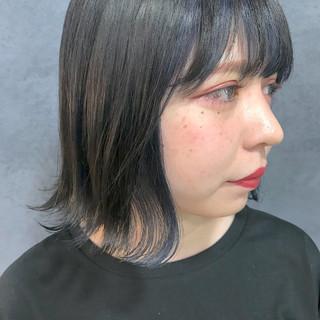 ボブ ストリート インナーカラー ネイビー ヘアスタイルや髪型の写真・画像