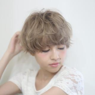 ショート アッシュ マッシュ ハイライト ヘアスタイルや髪型の写真・画像