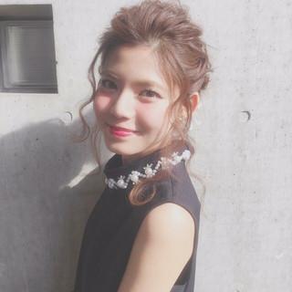 アッシュ ヘアアレンジ 暗髪 セミロング ヘアスタイルや髪型の写真・画像
