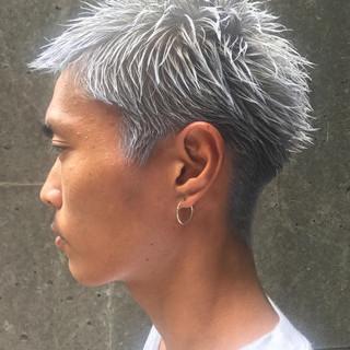 刈り上げ ストリート ブリーチ ショート ヘアスタイルや髪型の写真・画像