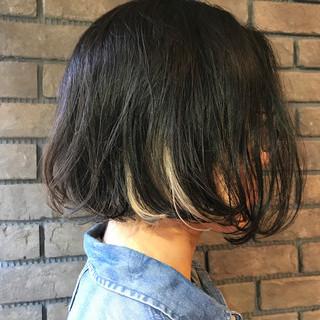 黒髪 ナチュラル オフィス インナーカラー ヘアスタイルや髪型の写真・画像