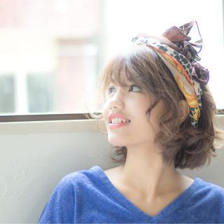 アッシュ ショート 大人かわいい ピュア ヘアスタイルや髪型の写真・画像