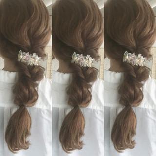 ゆるふわ 三つ編み 編み込み ロング ヘアスタイルや髪型の写真・画像