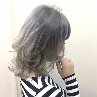 秋 ミディアム 冬 アンニュイ ヘアスタイルや髪型の写真・画像