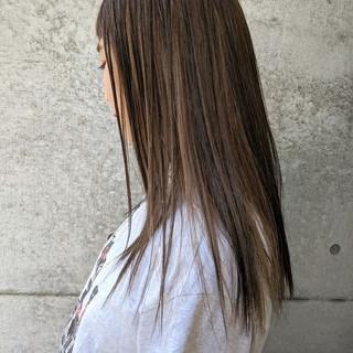 ぱっつん ローライト ストリート ショートバング ヘアスタイルや髪型の写真・画像