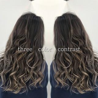 バレイヤージュ ラベンダーピンク イルミナカラー ロング ヘアスタイルや髪型の写真・画像