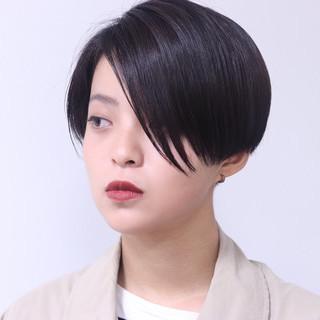 黒髪 似合わせ 刈り上げ 小顔 ヘアスタイルや髪型の写真・画像