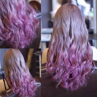 ロング 外国人風 ウェーブ グラデーションカラー ヘアスタイルや髪型の写真・画像