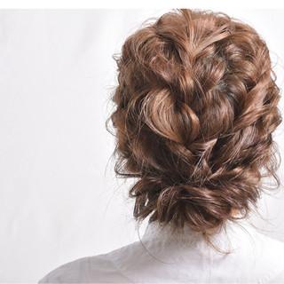 エレガント ゆるふわ ウェーブ 成人式 ヘアスタイルや髪型の写真・画像