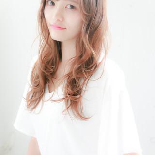 ピュア パーマ アッシュ 前髪あり ヘアスタイルや髪型の写真・画像
