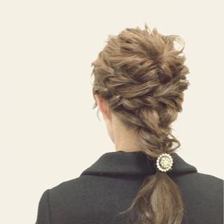 簡単ヘアアレンジ ショート 外国人風 ミディアム ヘアスタイルや髪型の写真・画像 ヘアスタイルや髪型の写真・画像