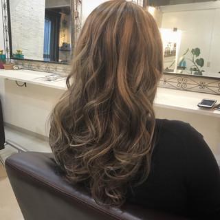 ハイライト エレガント 上品 大人かわいい ヘアスタイルや髪型の写真・画像