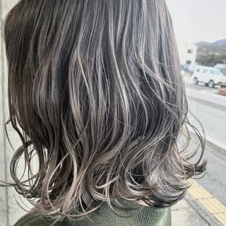 グレージュ グラデーションカラー ボブ ラベンダー ヘアスタイルや髪型の写真・画像