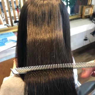 ロング 髪質改善トリートメント ナチュラル 髪質改善 ヘアスタイルや髪型の写真・画像