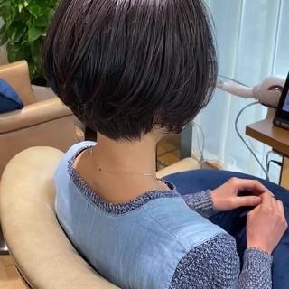 小顔ショート 簡単スタイリング ショートボブ ナチュラル ヘアスタイルや髪型の写真・画像
