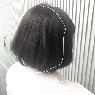 グレージュ ナチュラル 前髪 ボブ ヘアスタイルや髪型の写真・画像