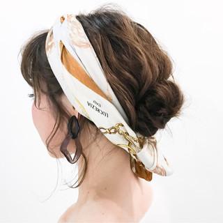 簡単ヘアアレンジ ゆるふわ ミディアム パーマ ヘアスタイルや髪型の写真・画像
