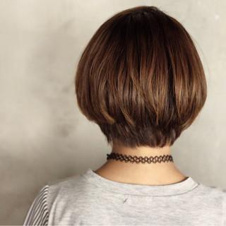 ショートボブ ストリート ボブ インナーカラー ヘアスタイルや髪型の写真・画像 ヘアスタイルや髪型の写真・画像