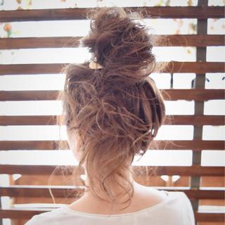 ショート セミロング 夏 簡単ヘアアレンジ ヘアスタイルや髪型の写真・画像 ヘアスタイルや髪型の写真・画像