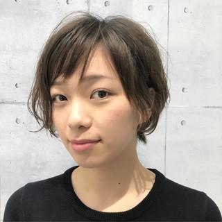 アンニュイ 小顔 似合わせ ショート ヘアスタイルや髪型の写真・画像