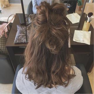 ミディアム ボブ ガーリー ニュアンス ヘアスタイルや髪型の写真・画像