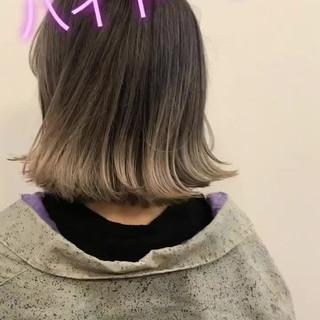 ウェットヘア ホワイトアッシュ ガーリー ロブ ヘアスタイルや髪型の写真・画像