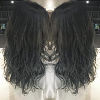 ストリート 秋 透明感 グラデーションカラー ヘアスタイルや髪型の写真・画像 ヘアスタイルや髪型の写真・画像