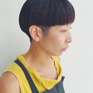 刈り上げ 刈り上げショート ストリート ネイビージュ ヘアスタイルや髪型の写真・画像