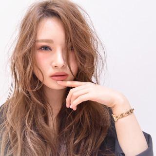 フェミニン ロング 外国人風 大人女子 ヘアスタイルや髪型の写真・画像