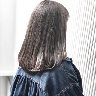 ストレート アッシュ ミディアム ナチュラル ヘアスタイルや髪型の写真・画像 ヘアスタイルや髪型の写真・画像
