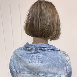 大人かわいい ハイライト ナチュラル ショート ヘアスタイルや髪型の写真・画像