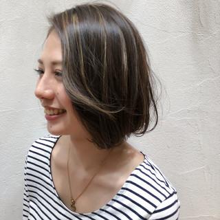 ナチュラル ボブ 外国人風 グレージュ ヘアスタイルや髪型の写真・画像