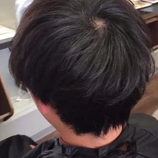 ゆるふわパーマ ショート ツーブロック ナチュラル ヘアスタイルや髪型の写真・画像